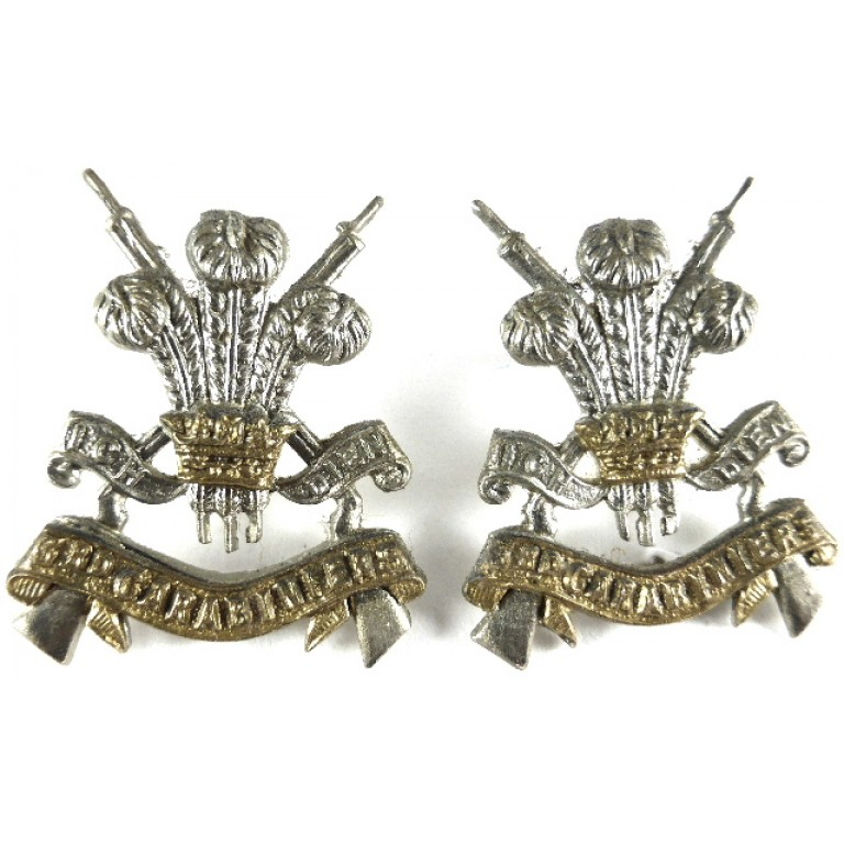 3rd Carabiniers Pair Of Bi Metal Collar Badges
