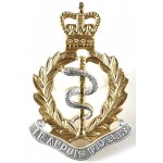 Royal Army Medical Corps E11R Officers Silver/Gilt Cap Badge