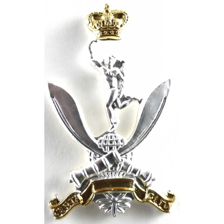 The Queens Gurkha Signals Bright Plated Cap Badge