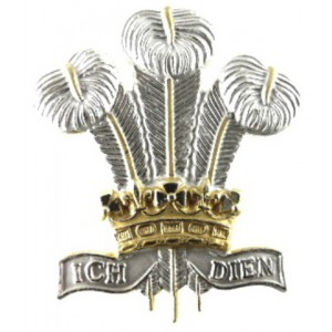 Royal Regiment Of Wales Officers Silver/Gilt Plated Cap Badge