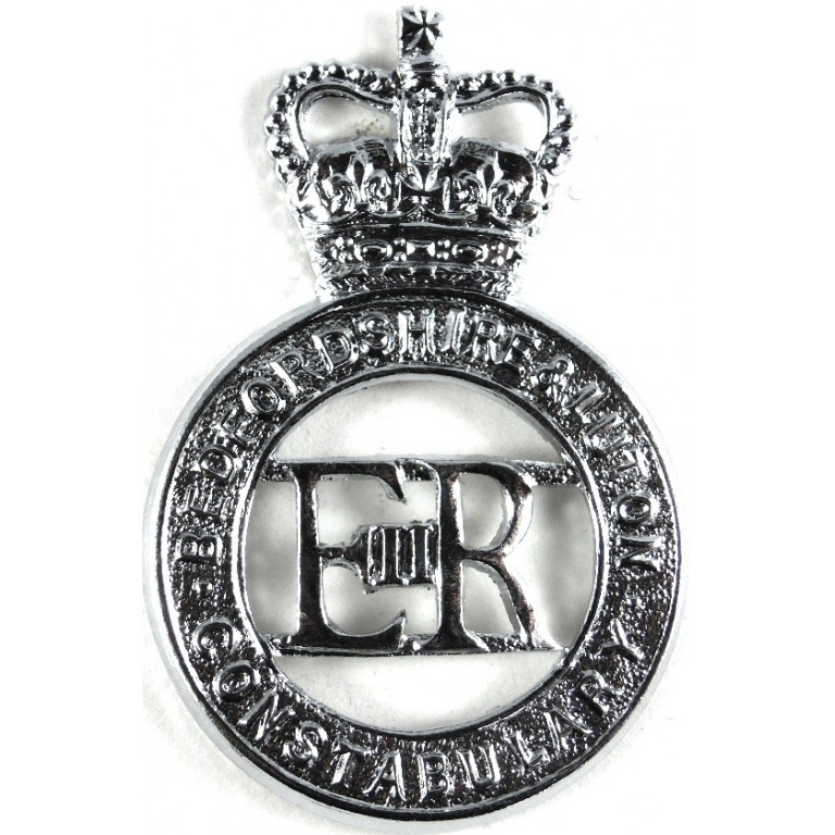 Bedfordshire & Luton Constabulary Chrome Cap Badge