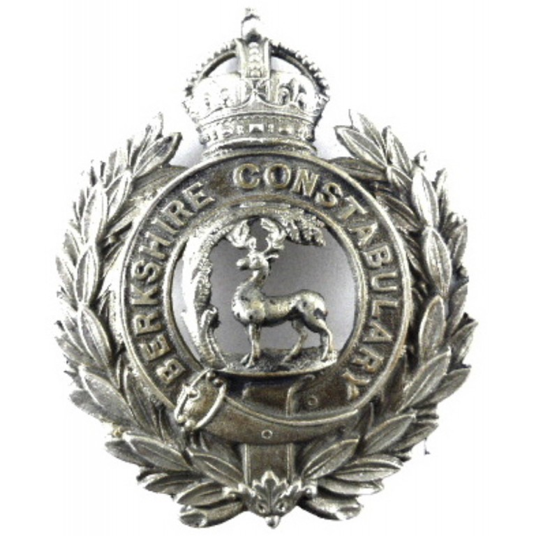 Berkshire Constabulary White Metal Helmet Badge